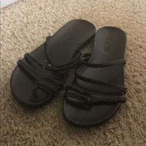 Kenneth Cole Reaction black sandal with gems new
